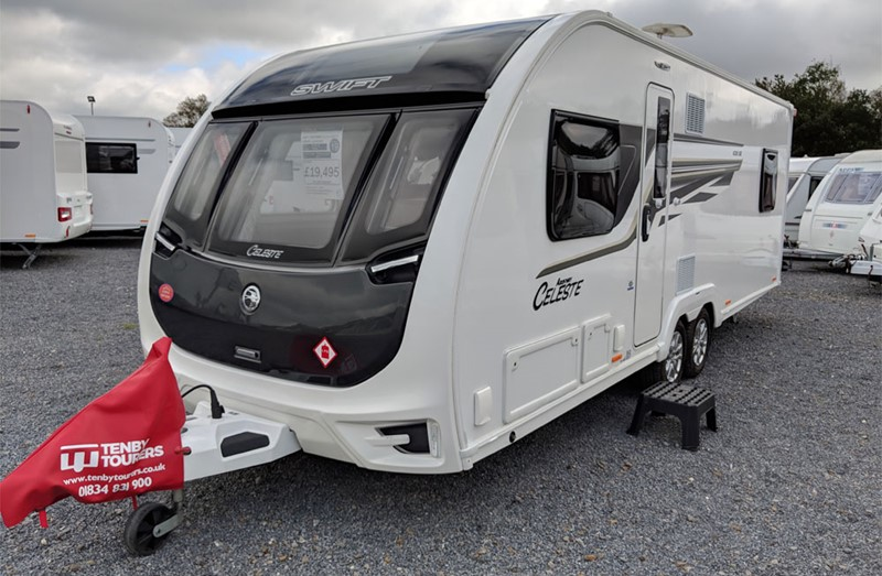 Touring Caravan for Sale: Swift Archway Celeste 2017 Island bed Twin axle Used