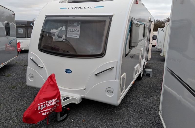 Touring Caravan for Sale: Bailey Pursuit 560/5 double dinette 5 berth