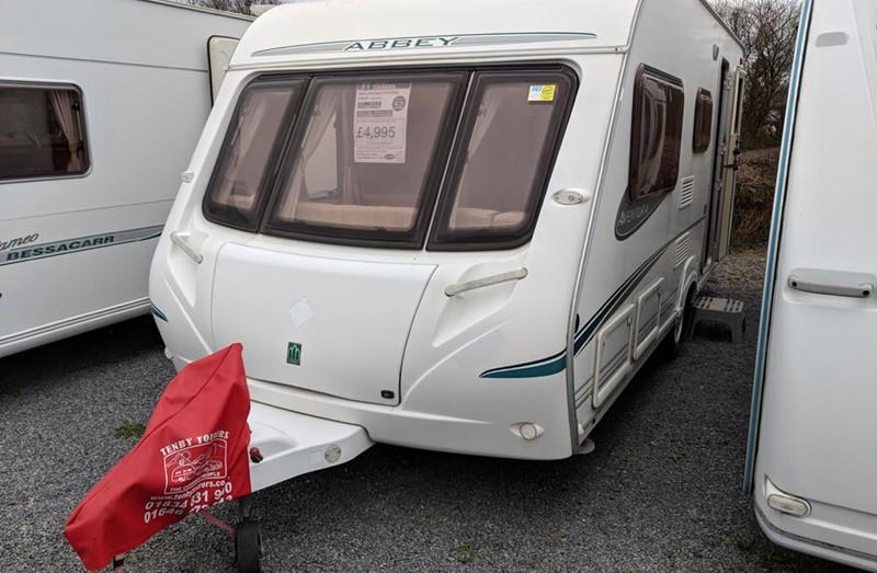 Touring Caravan for Sale: Abbey Aventura 319 - 2005