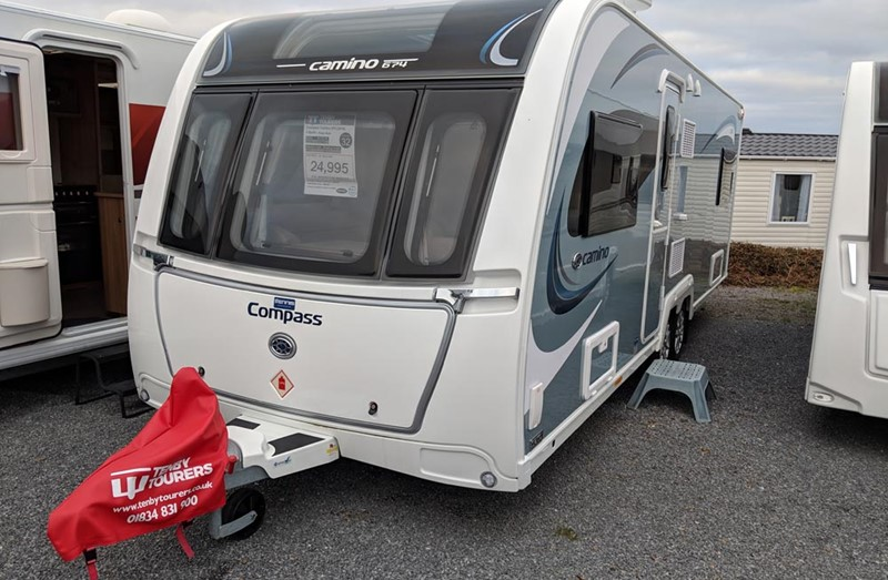 Touring Caravan for Sale: 2018 Compass Camino 674 Single Bed Twin Axle 4 berth