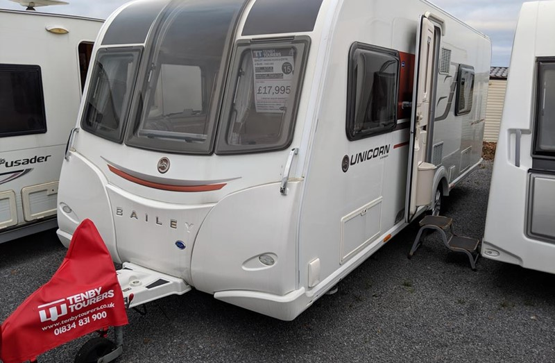 Touring Caravan for Sale: Bailey Unicorn Valencia - 2016