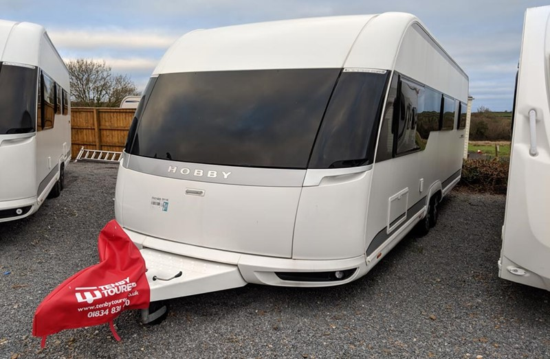 Touring Caravan for Sale: Hobby Premium 650UKFE - 2017
