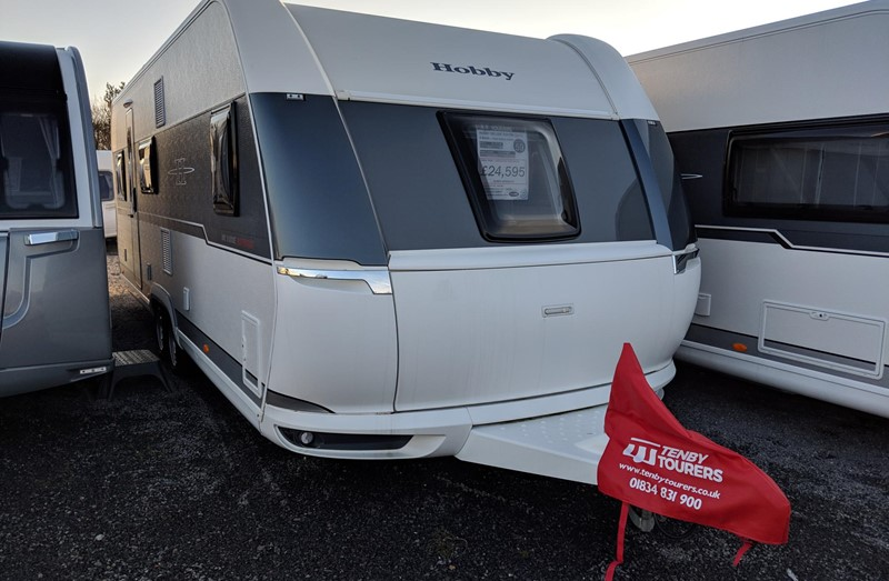 Touring Caravan for Sale: 2019 New Hobby Deluxe Edition 650KMFE Twin Axle Fixed bed