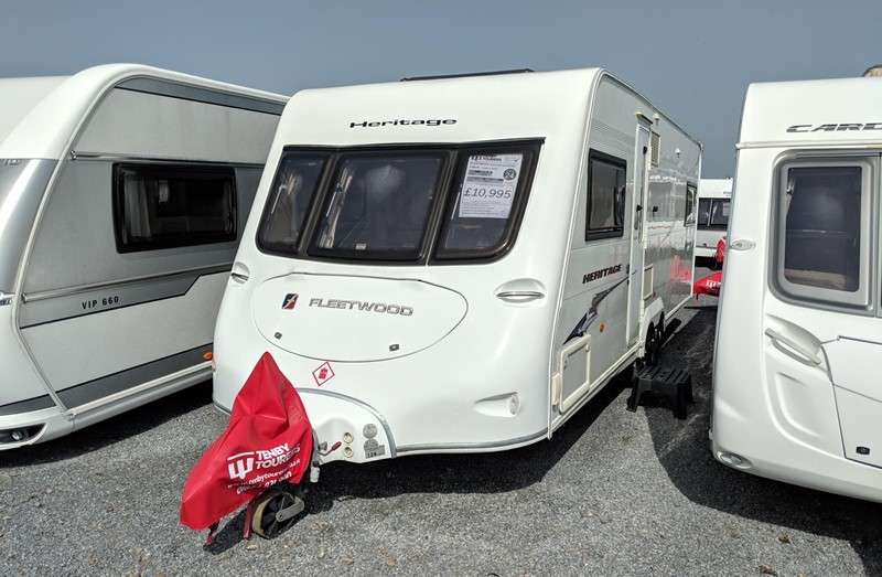 Touring Caravan for Sale: Fleetwood Heritage 640ES 2008 Twin axle single beds 4 berth