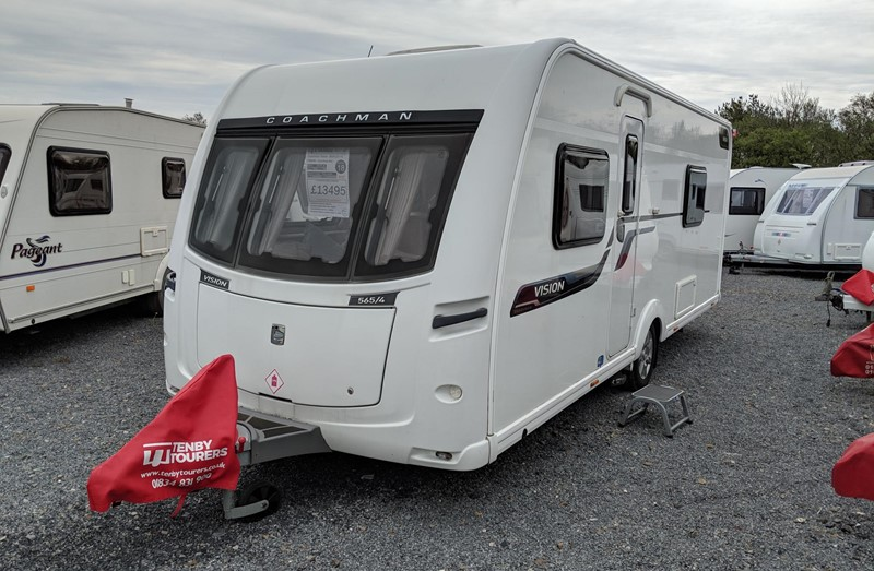 Touring Caravan for Sale: Coachman Vision 565/4 2014 single beds 4 berth