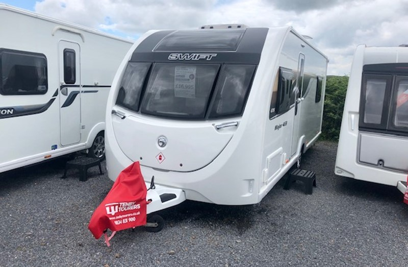 Touring Caravan for Sale: Swift Sprite Major 4EB 2018 Island bed