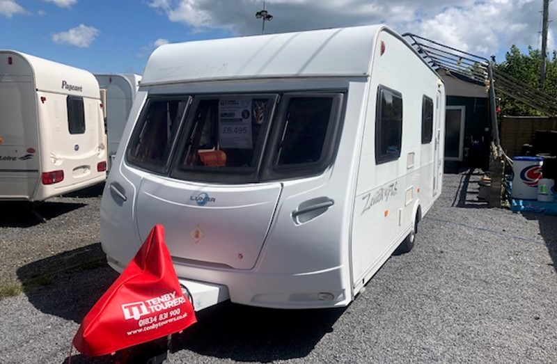 Touring Caravan for Sale: Lunar Zenith GTS Six Fixed Bunks 6 berth 2007