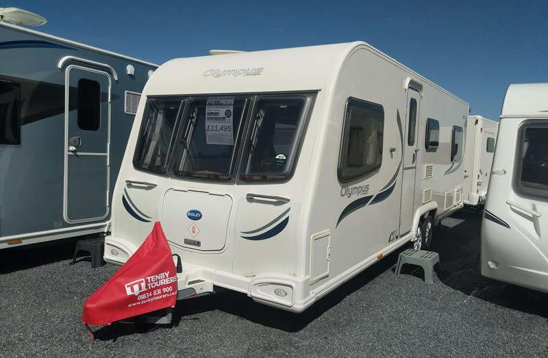 Touring Caravan for Sale: Bailey Olympus 620/6 2012 6 berth fixed bed twin axle