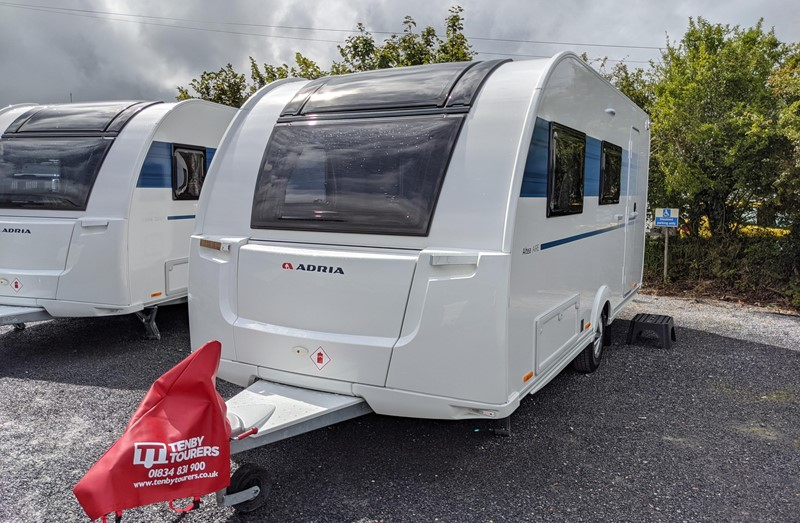 Touring Caravan for Sale: 2021 New Adria Altea 492DT Aire 2 berth full end washroom