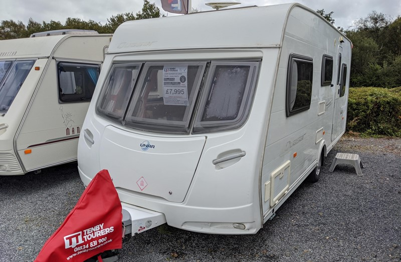 Touring Caravan for Sale: Lunar Quasar 525 2008 double dinette motor-mover