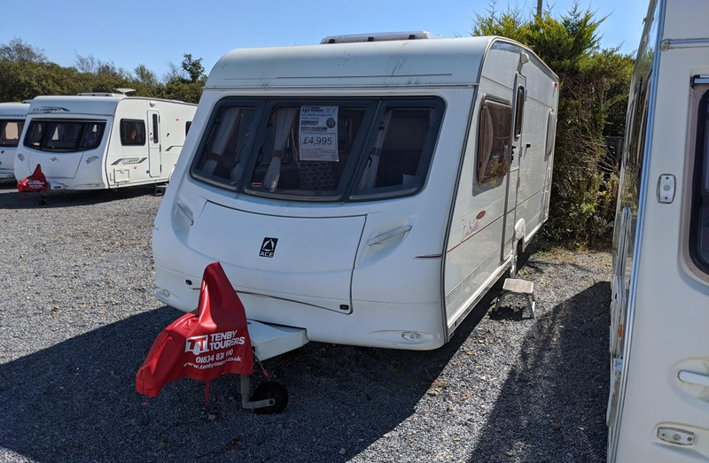 Touring Caravan for Sale: Ace Jubilee Statesman 2002 fixed double bed 4 berth