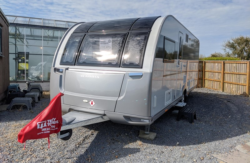 Touring Caravan for Sale: Adria Alpina 623UC Mississippi 2021 New 4 Berth transverse island bed 8 foot wide