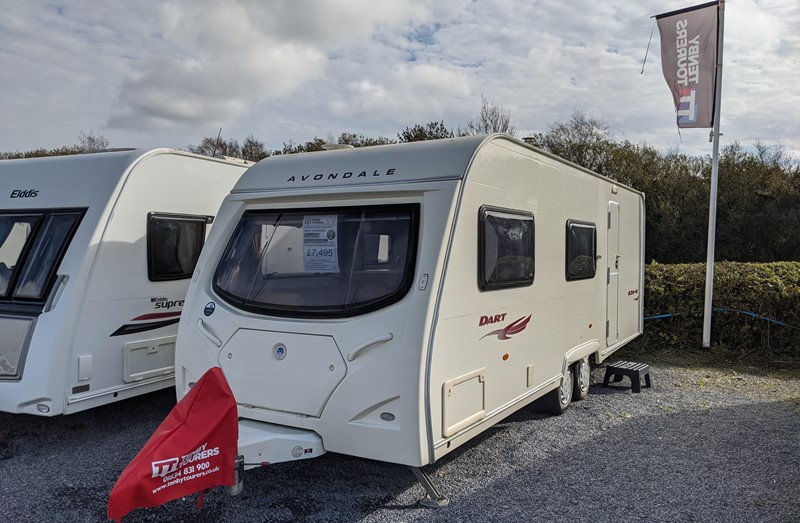 Touring Caravan for Sale: Avondale Dart 630-6 2007 used touring caravan 6 berth bunk beds twin axle