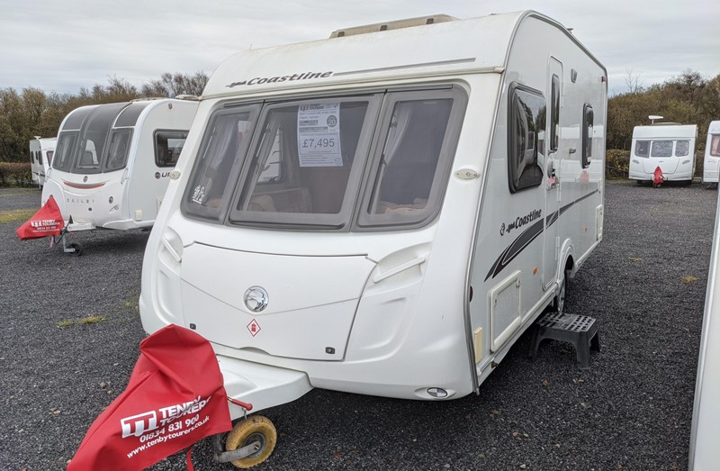 Touring Caravan for Sale: Swift Coastline 470SE 2008 Small light weight tourer 4 berth fixed bed motor-mover